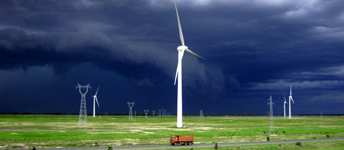 Sourcing Renewable Energy for Your Business: Worth its Weight in Gold/Green